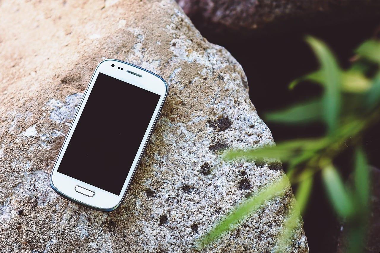 smartphone-791179_1280