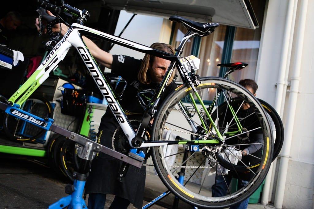 メンテナンス スタンド 自転車 これ一択!ロードバイクメンテナンススタンドおすすめはミノウラ! │