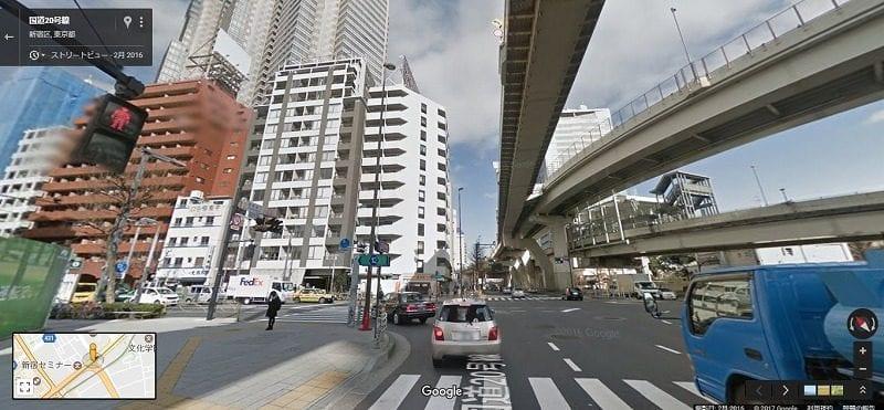 最初はネットでの下調べから。その中でもgoogleマットのストリートビューは大きな交差点などを調べるのに便利。