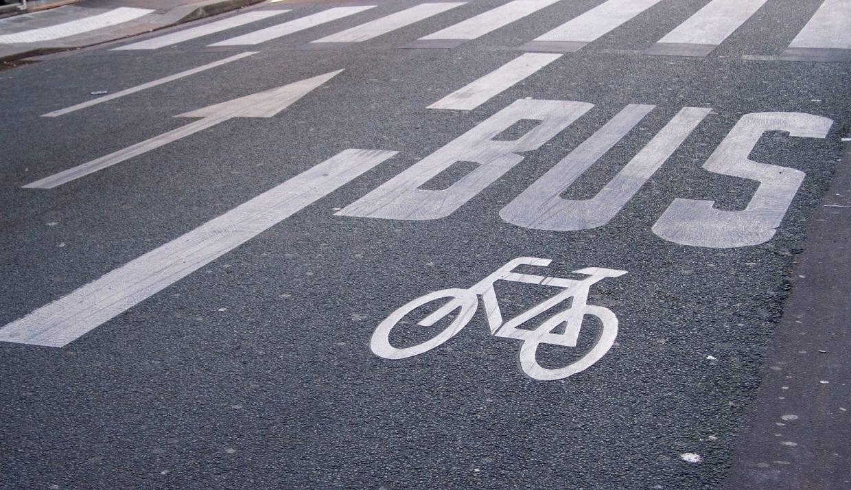 自転車乗りもバスに乗るし、バスの運転手で自転車乗りもいる