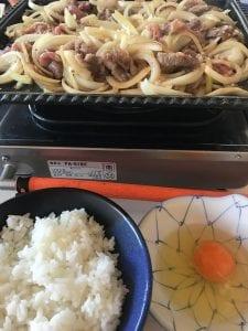 ブルベ中に焼肉焼いて食べる。十和田名物バラ焼き