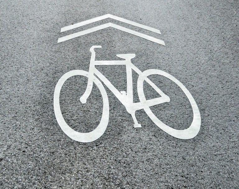 自転車の交通ルールを守るには