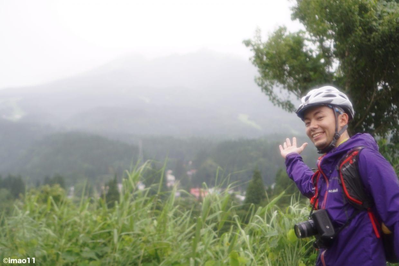 あいにくの天気で妙高山の山頂が見えません