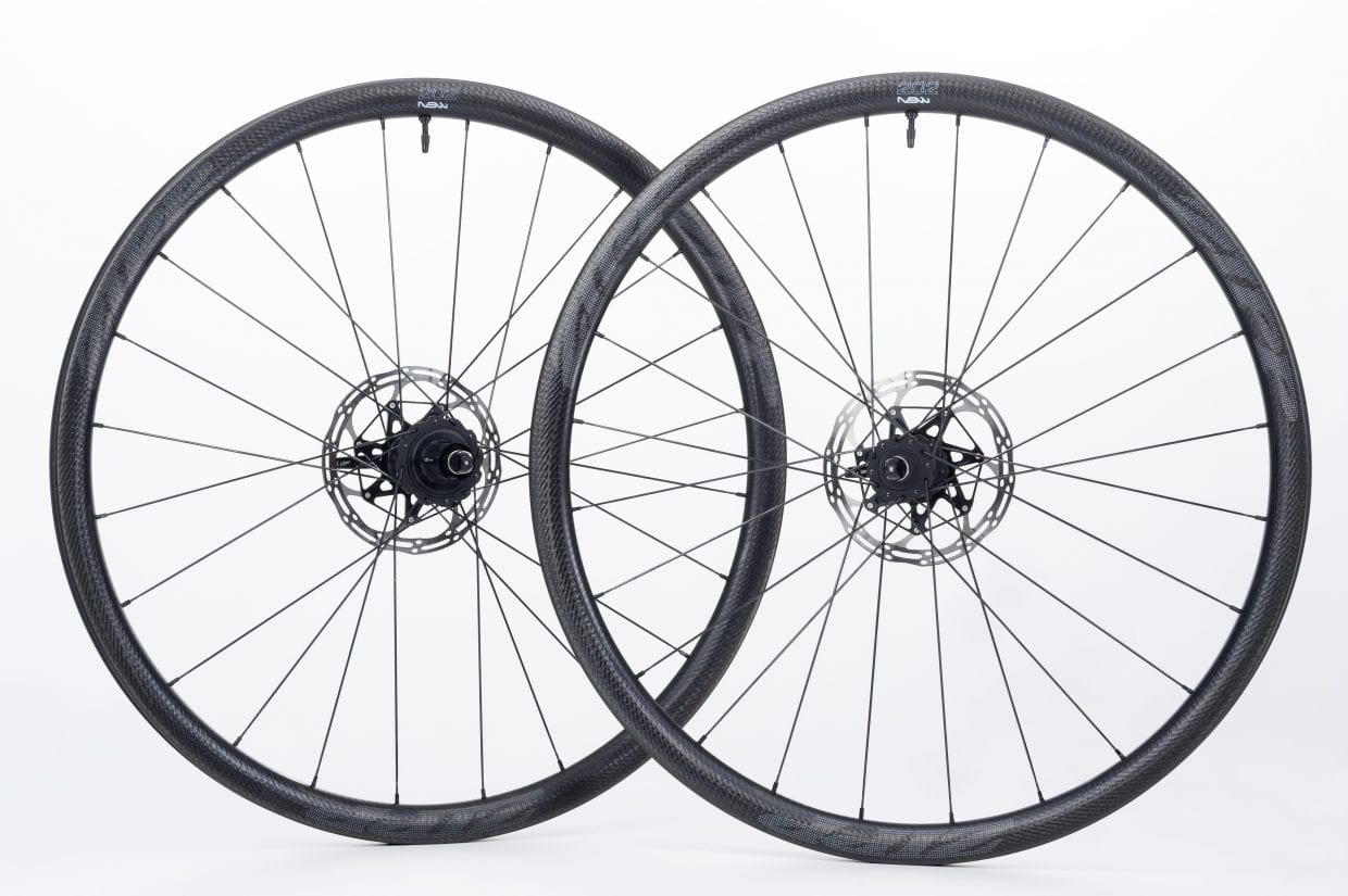 202NSW Carbon Clincher Tubeless Disc-brake