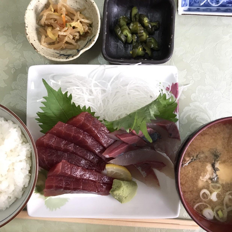 まるいち食堂様の新鮮な刺身定食