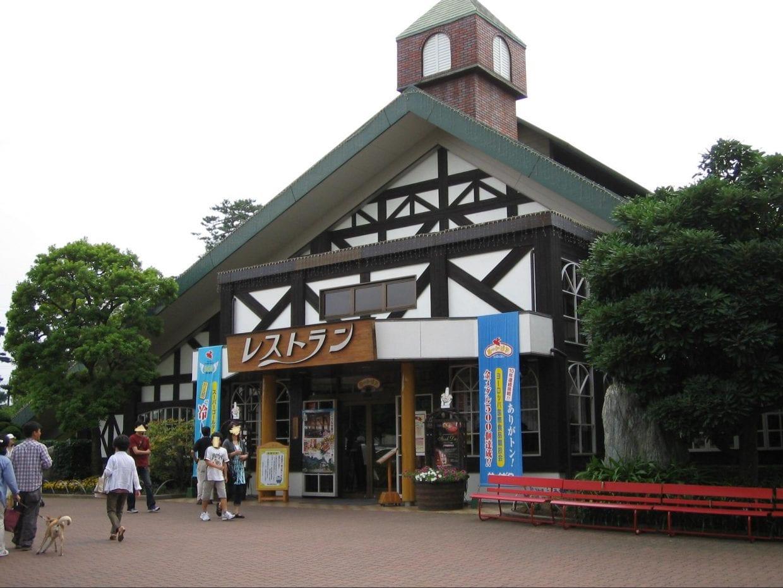 レストランサイボク(C)Mittko Aoyama