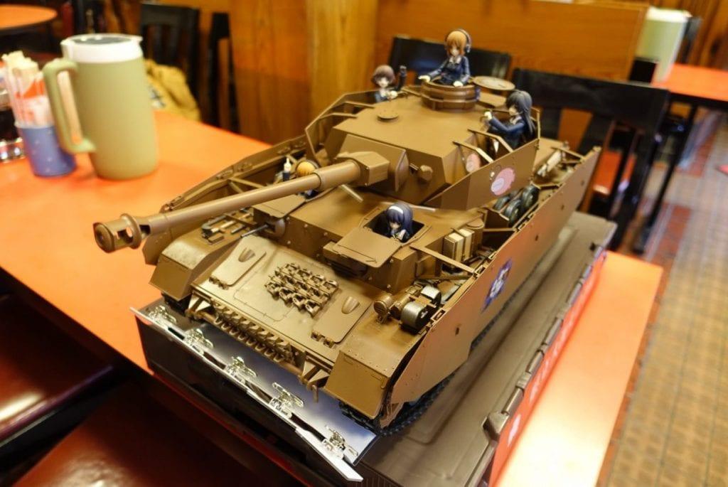 ガルパン用の戦車型裏メニューもあるらしい…(要予約)。