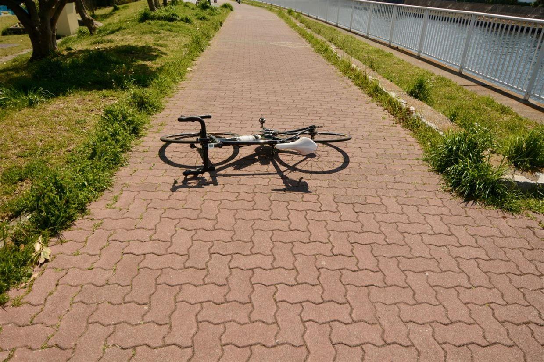 クロスバイク 練習 道幅