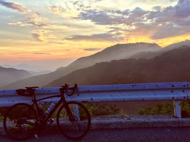 朝焼けと朝靄のコラボレーションは最高