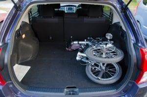 車のトランクに積んで出かけよう!