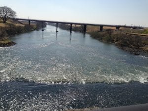 江戸川の終点、関宿水門