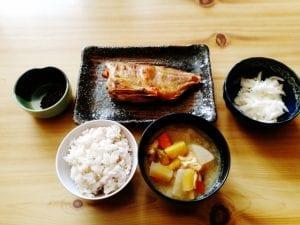 焼き魚定食は理想的なメニューといえます