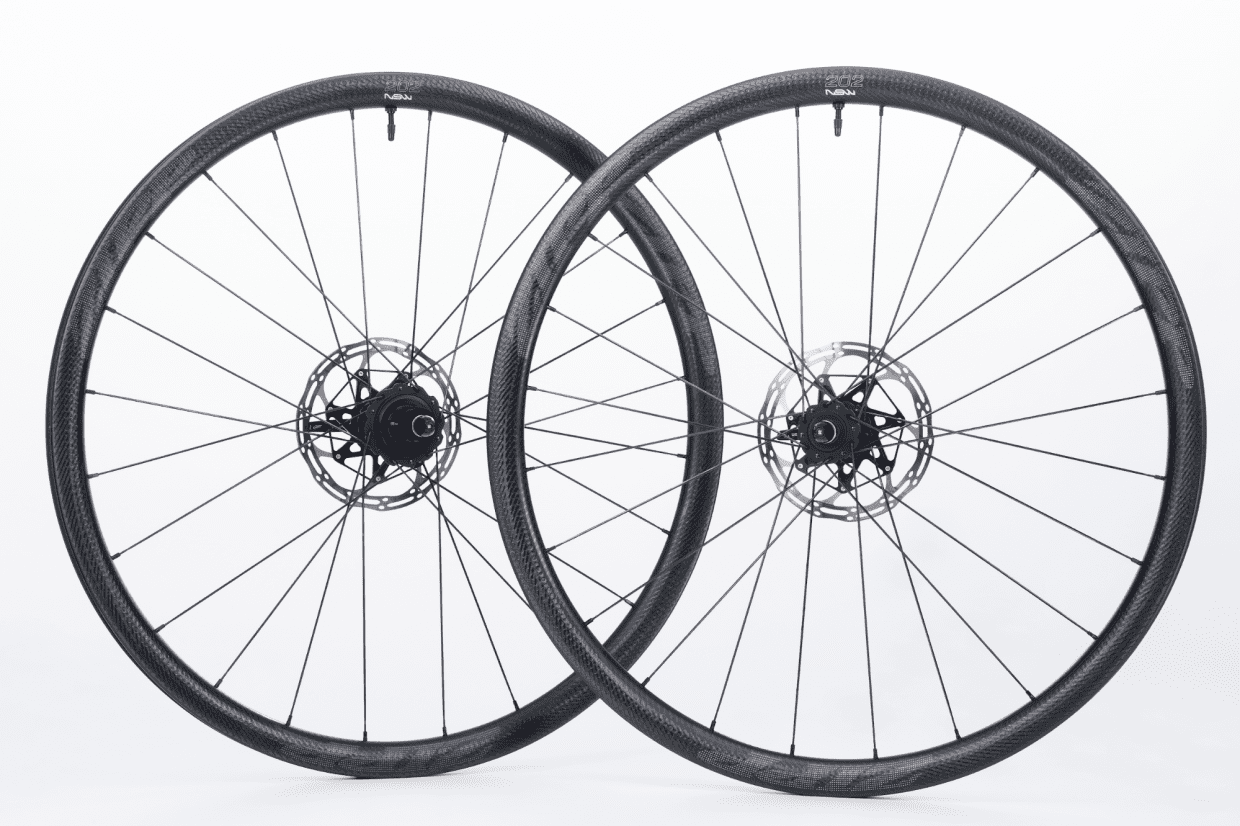 202 NSW CLINCHER-TUBELESS DISC