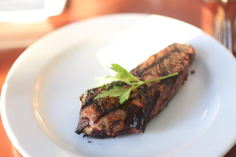 オーストラリアといえばオージービーフ、走った後のステーキは美味しいに決まっています!