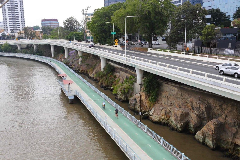 こんな道が日本にも増えれば良いなぁ。