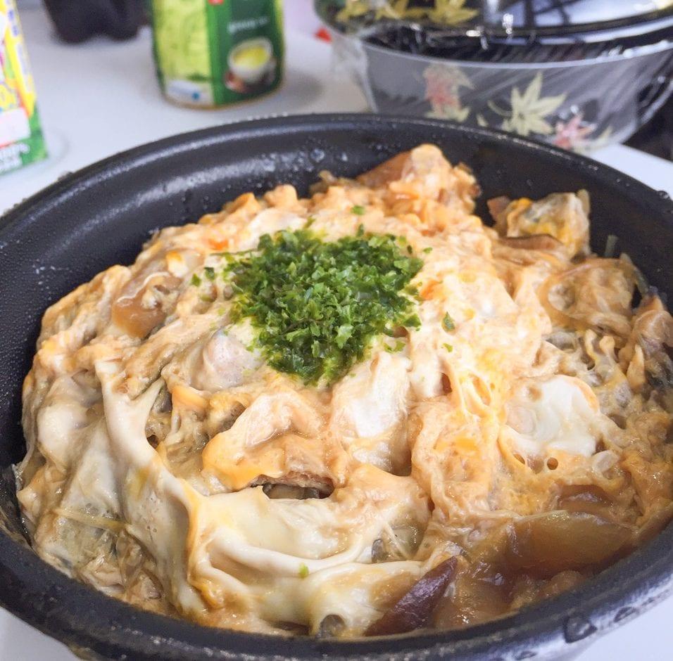 勝浦駅近くの「ふじ屋」さんのテイクアウト、あさり丼