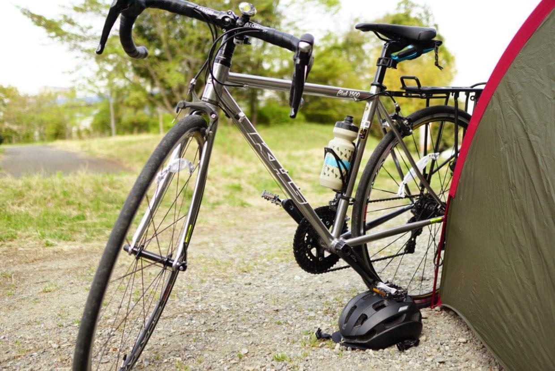 自転車も重~い荷物から解き放たれてスッキリ。