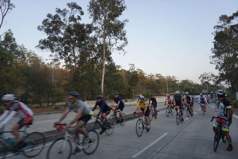 自転車だけなので道を広く使って走れる