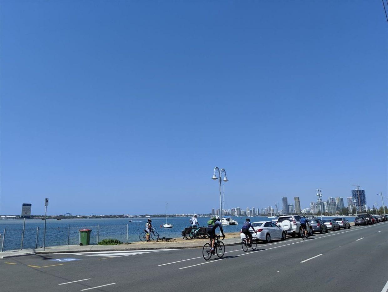 海岸沿いをラストスパート、名残り惜しく自転車をとめて撮影タイム