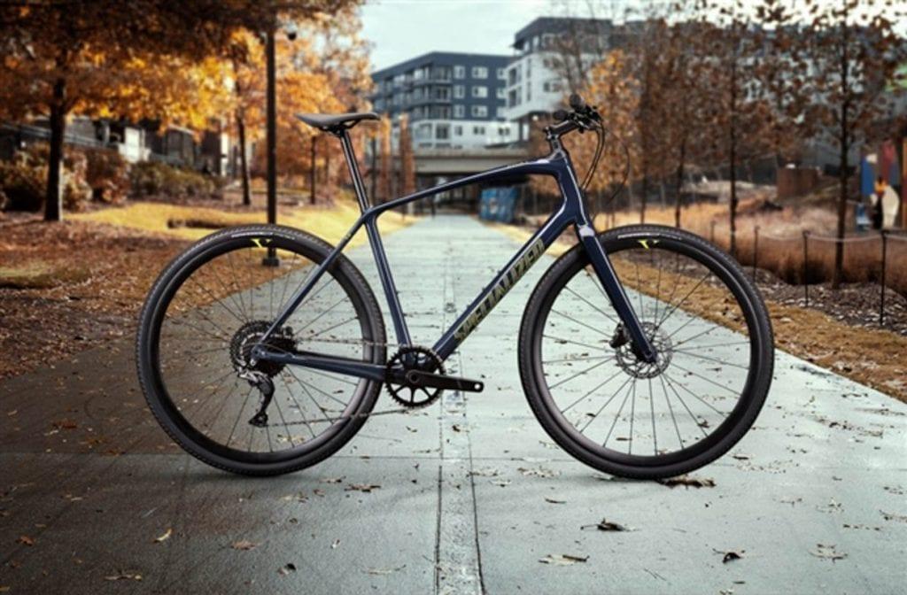 クロスバイクながらフルカーボンのハイエンドモデル「SIRRUS X 5.0」