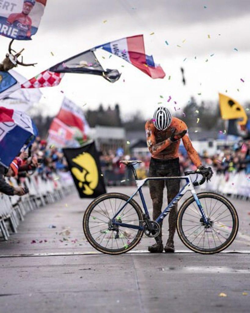 今年のシクロクロス選手権は男女ともにInfliteが優勝。その高いパフォーマンスを世界に見せつけた。