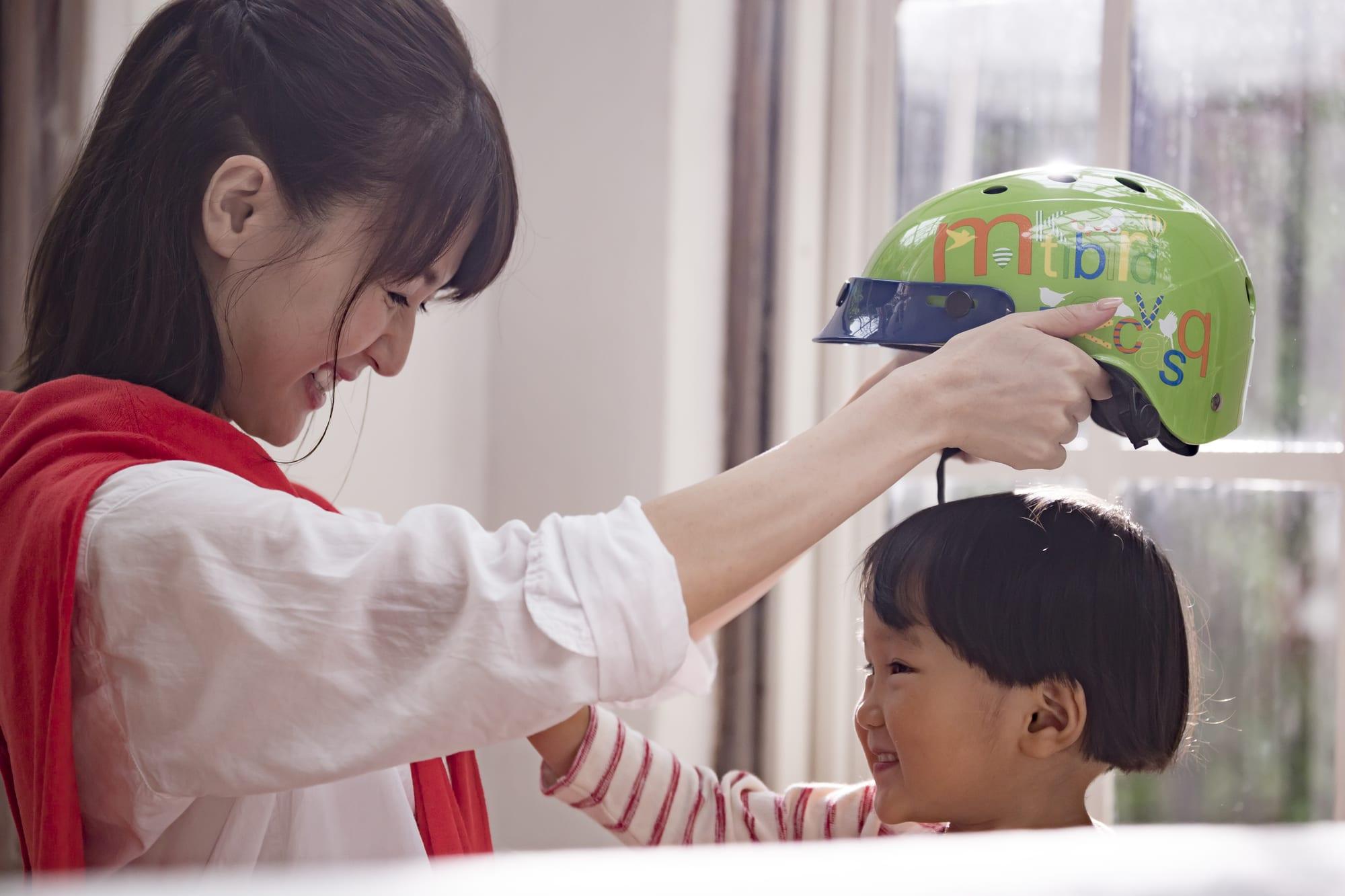 子供用のヘルメットは、安全性第一で選ぶ必要がある