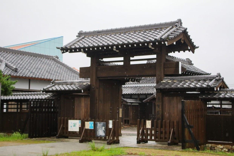 田園空間博物館の隣にある気賀関所。東海道の脇街道である姫街道の関所跡です。