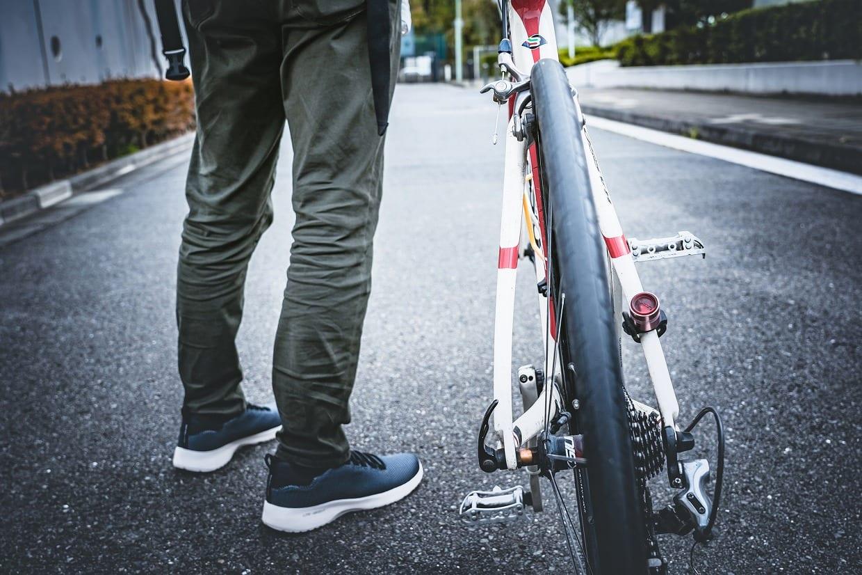従業員に自転車を利用させる事業者も自転車保険等に加入する義務がある