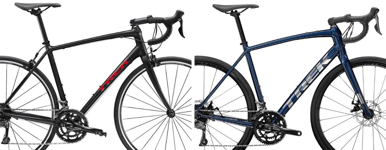 (左)2020年モデルのDomane AL 2と、(右)2021年モデルの Domane AL 2 Disc。ケーブルは内装化し、くびれたヘッドチューブやボリューム感のあるダウンチューブはまるでハイエンドカーボンバイクのよう。