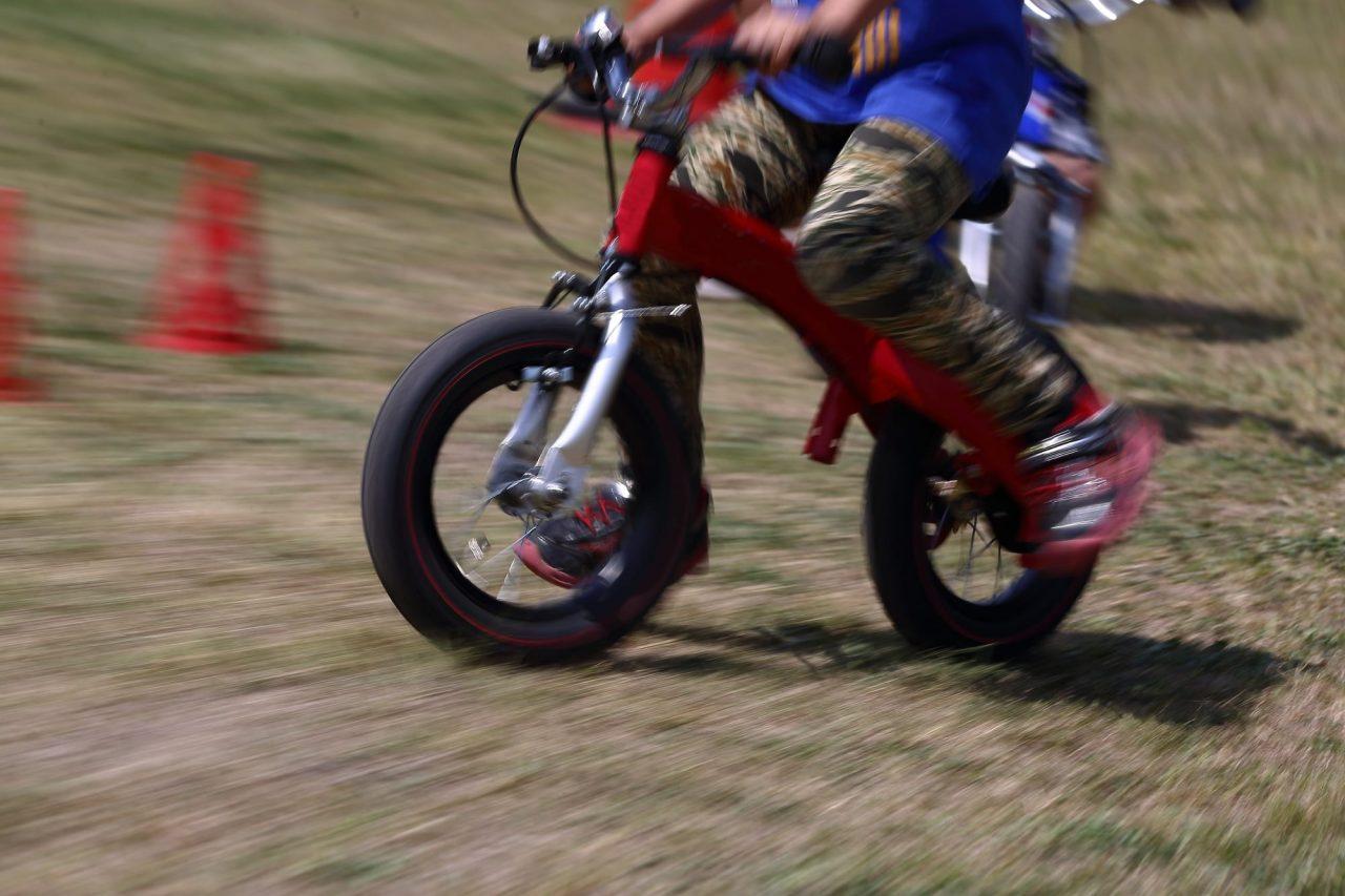 キックバイクの中にはブレーキがついているものもある