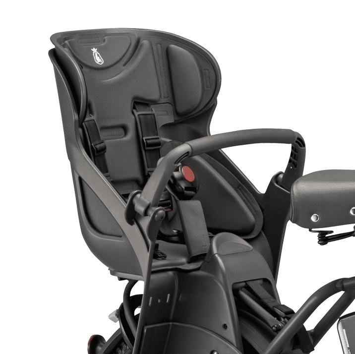 ビッケグリはリヤチャイルドシートが標準で装備されている