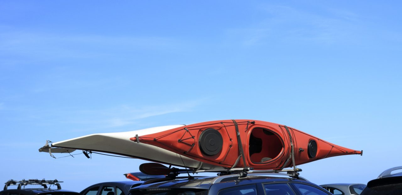 カヌーを載せたベースキャリア