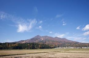 磐梯山のふもとから山岳区間を含めて一周する全長45kmのコース バンクラ