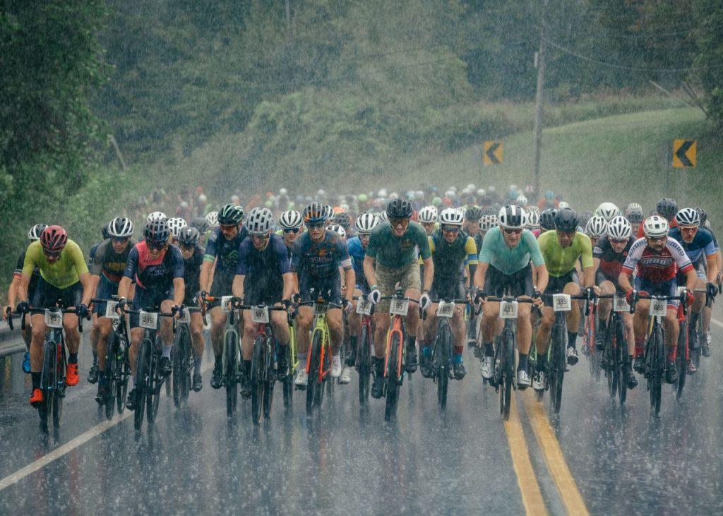 雨のレース